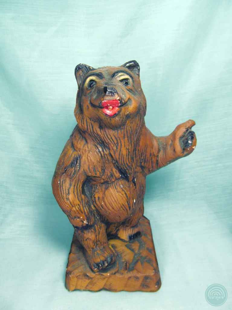 Sexy Hitchhiking Bear Statue. Thrift Shop Hell, 2014.